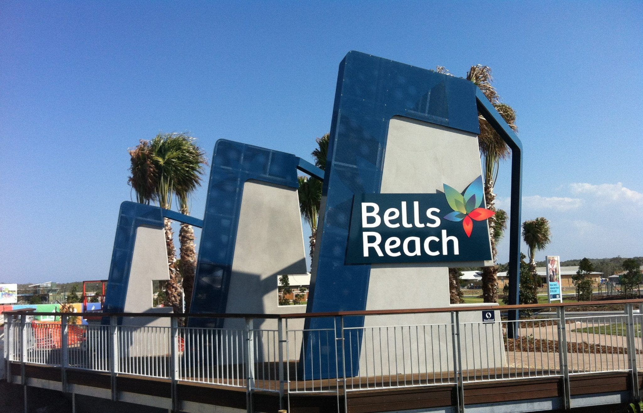 Bells Reach Entrance Structures